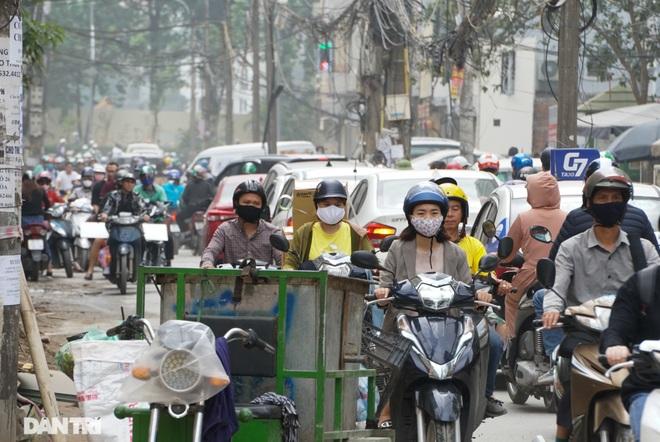 Xuất hiện hiện tượng nghịch nhiệt, Hà Nội chìm trong màn sương đục - 9