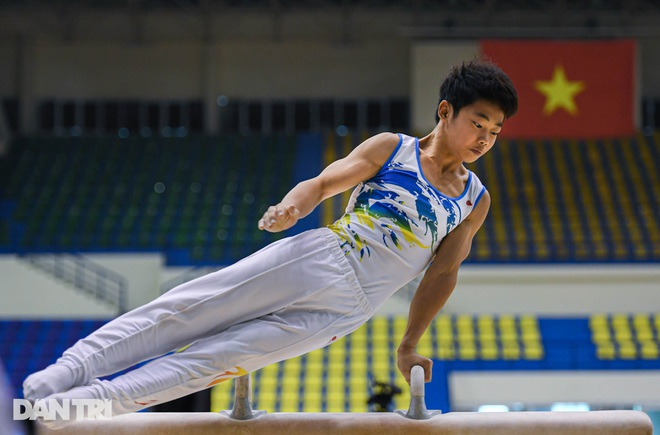 Mãn nhãn với những màn biểu diễn thể dục dụng cụ tại giải quốc gia - 2