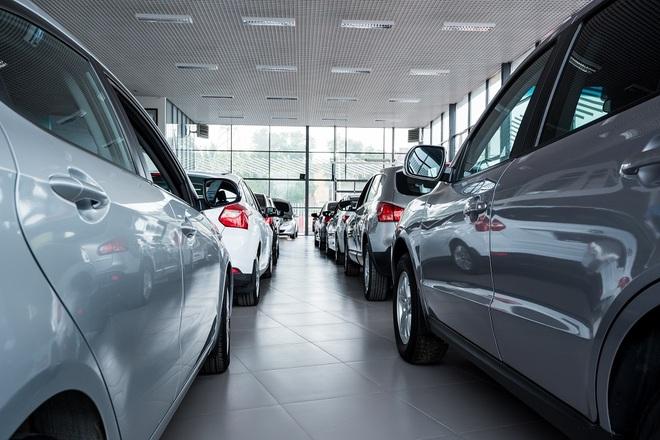 Dịch Covid-19 diễn biến phức tạp, doanh số xe hơi tụt dốc không phanh - 2