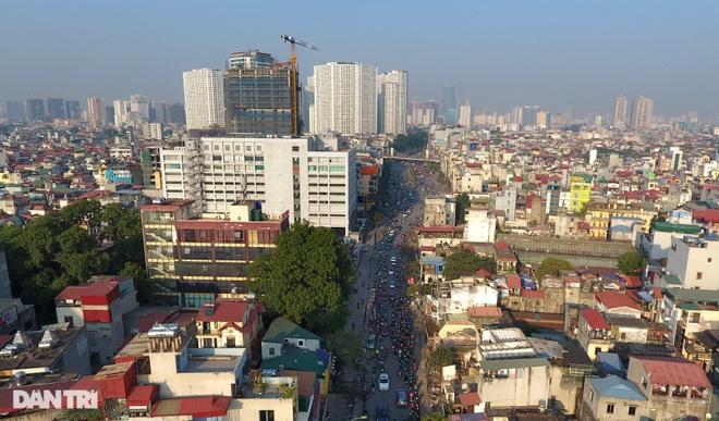 Cảnh giao thông đối lập ở đường Trường Chinh sau 3 năm - 16