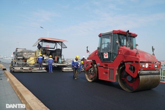 Những hình ảnh mới nhất của đại công trường sửa chữa mặt cầu Thăng Long - 4