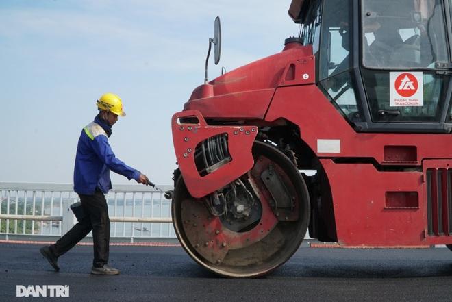 Những hình ảnh mới nhất của đại công trường sửa chữa mặt cầu Thăng Long - 3