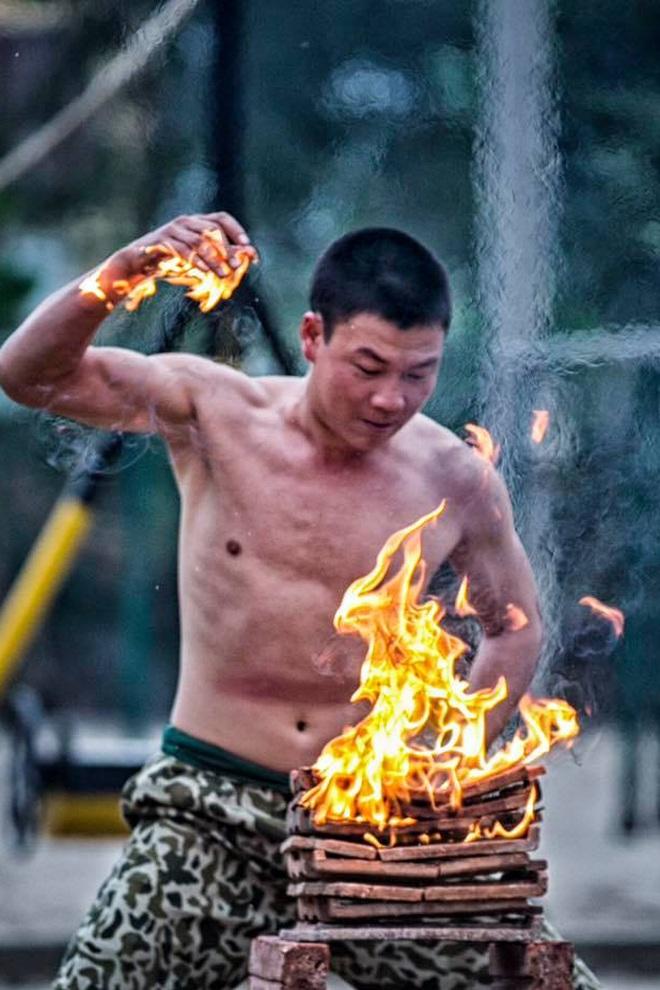 Một ngày trên thao trường của các chiến sĩ đặc công QĐND Việt Nam - 4