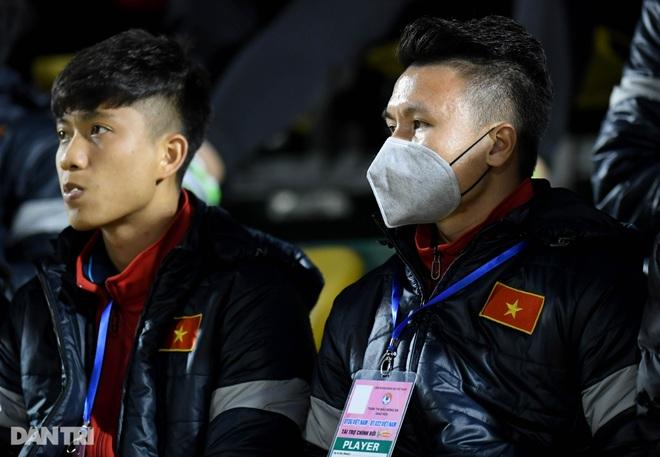Văn Quyết ghi điểm trong chiến thắng của tuyển Việt Nam trước đàn em U22 - 3