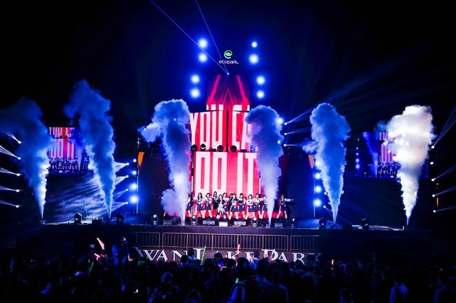 Bữa đại tiệc âm nhạc hoành tráng đón năm mới 2021 của cư dân Ecopark - 2