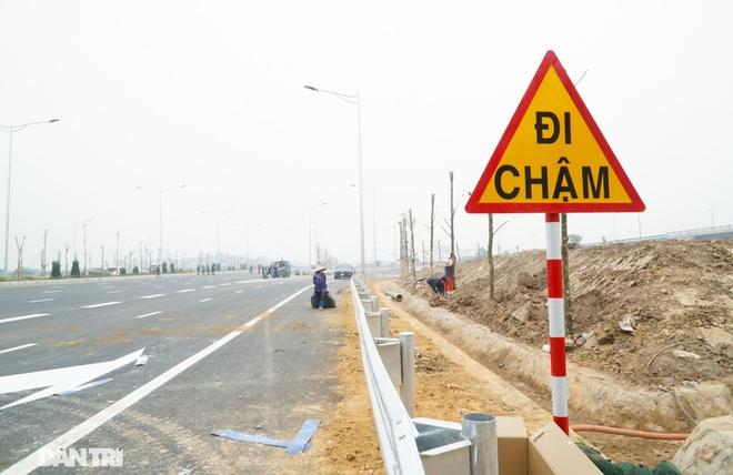 Toàn cảnh nút giao cao tốc hơn 400 tỷ ở Hà Nội trước ngày thông xe - 14