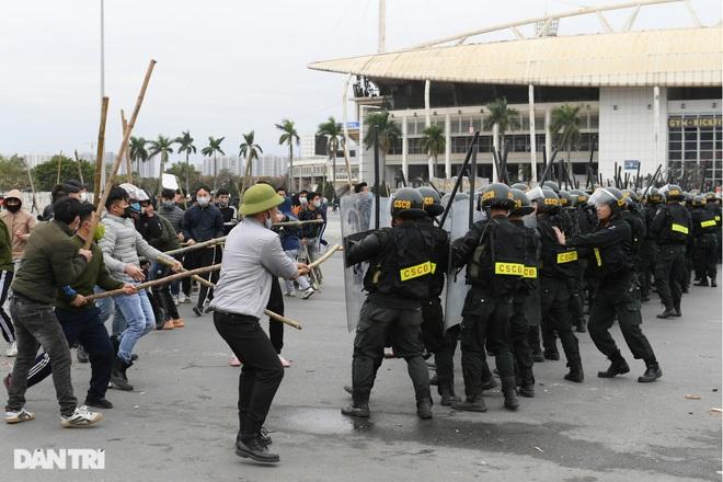 Diễn tập phòng chống khủng bố, bảo vệ nguyên thủ trước thềm Đại hội Đảng - 21