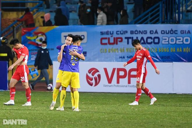 Những khoảnh khắc CLB Hà Nội hạ CLB Viettel, giành Siêu Cúp Quốc gia - 12
