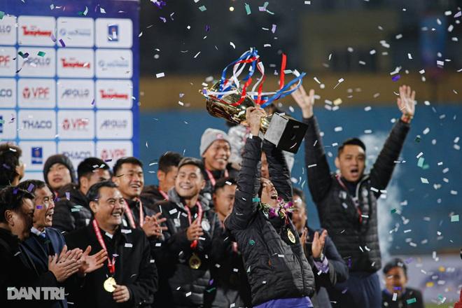 Những khoảnh khắc CLB Hà Nội hạ CLB Viettel, giành Siêu Cúp Quốc gia - 18