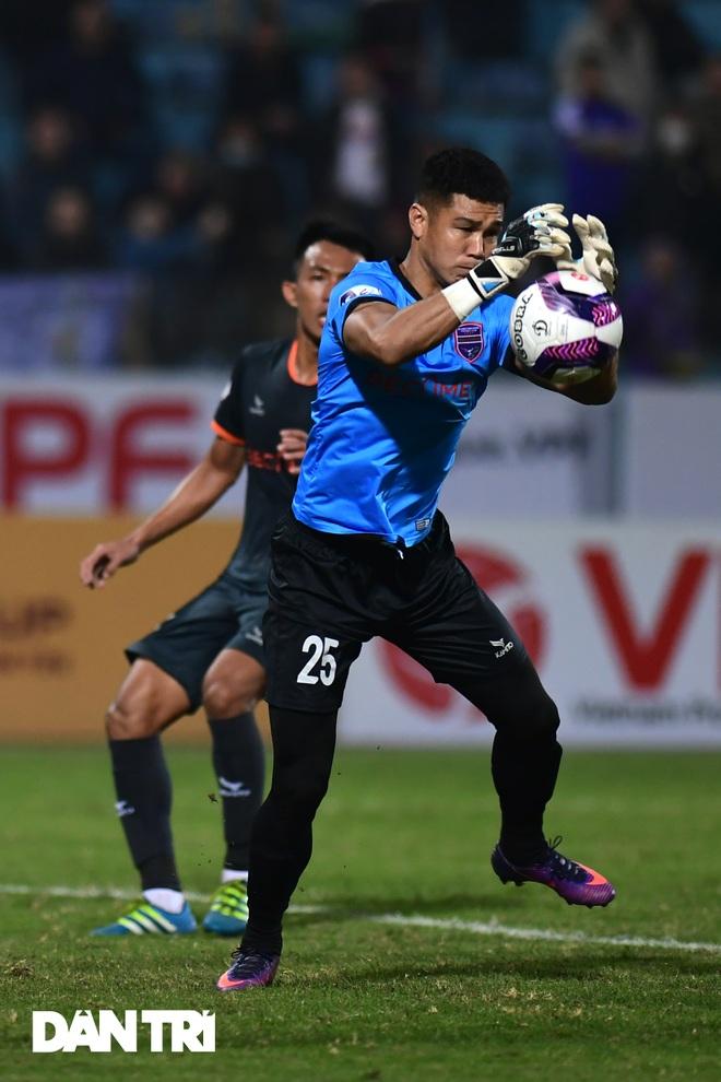 Những khoảnh khắc CLB Hà Nội thua trận thứ hai liên tiếp ở V-League - 13