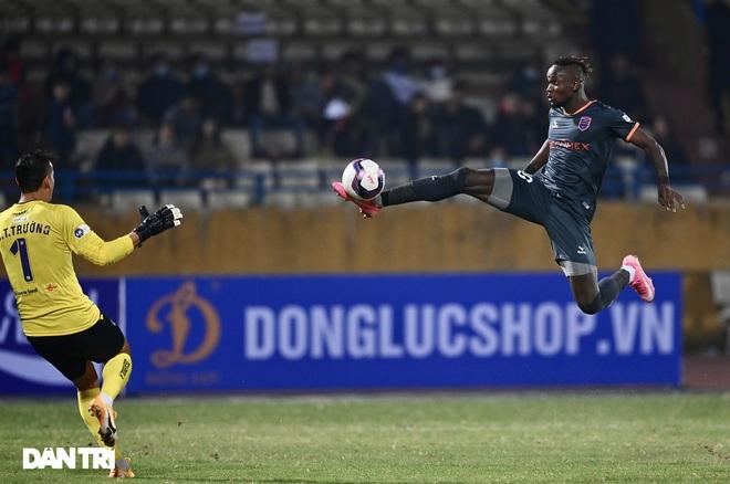Những khoảnh khắc CLB Hà Nội thua trận thứ hai liên tiếp ở V-League - 8
