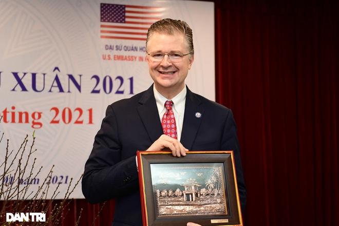 Đại sứ Hoa Kỳ tại Việt Nam tặng cây đào tự tay ghép cho trường ĐHSP Hà Nội - 5