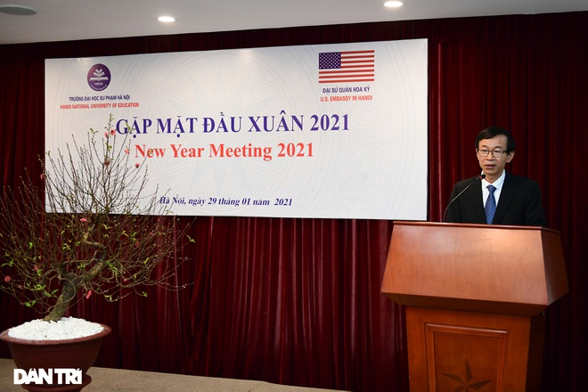 Đại sứ Hoa Kỳ tại Việt Nam tặng cây đào tự tay ghép cho trường ĐHSP Hà Nội - 9