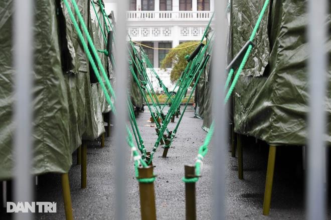 Toàn cảnh bệnh viện dã chiến Bạch Mai sẵn sàng chống dịch Covid-19 - 10