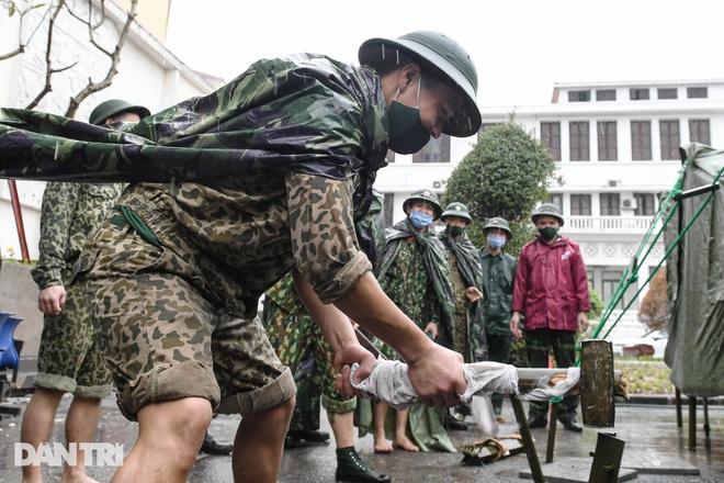 Toàn cảnh bệnh viện dã chiến Bạch Mai sẵn sàng chống dịch Covid-19 - 7