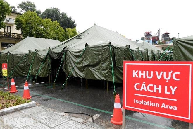 Toàn cảnh bệnh viện dã chiến Bạch Mai sẵn sàng chống dịch Covid-19 - 2