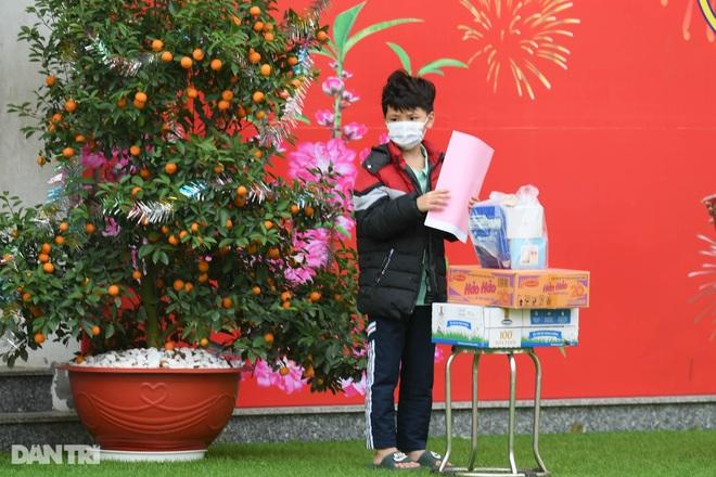 Toàn bộ người cách ly tại Tiểu học Xuân Phương được trở về nhà ăn Tết - 13
