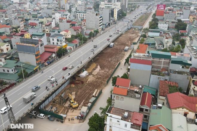 Công trường xây dựng cầu Vĩnh Tuy 2 vượt sông Hồng hơn 2.500 tỷ ở Hà Nội - 4