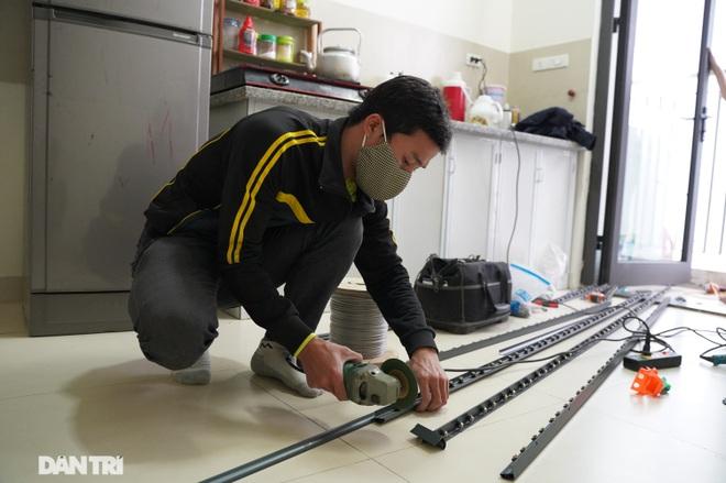 Lưới an toàn ban công được lắp đặt như thế nào tại các chung cư ở Hà Nội - 2