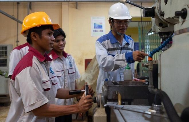 Nhiều lao động thất nghiệp chưa gắn bó với chính sách học nghề - 2