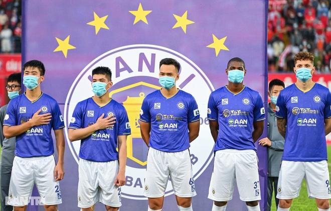 Người hùng Tấn Trường giúp CLB Hà Nội có 3 điểm đầu tiên ở V-League - 2