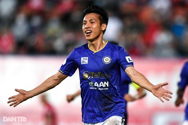 Người hùng Tấn Trường giúp CLB Hà Nội có 3 điểm đầu tiên ở V-League - 14