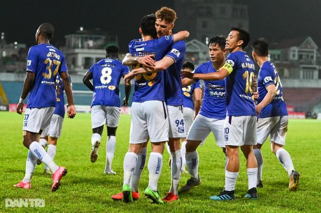 Người hùng Tấn Trường giúp CLB Hà Nội có 3 điểm đầu tiên ở V-League - 15