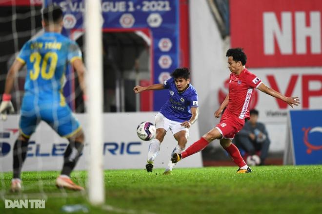 Người hùng Tấn Trường giúp CLB Hà Nội có 3 điểm đầu tiên ở V-League - 20