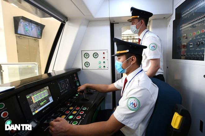 Toàn cảnh đường sắt Cát Linh - Hà Đông trong ngày chuyển giao đầu tiên - 19