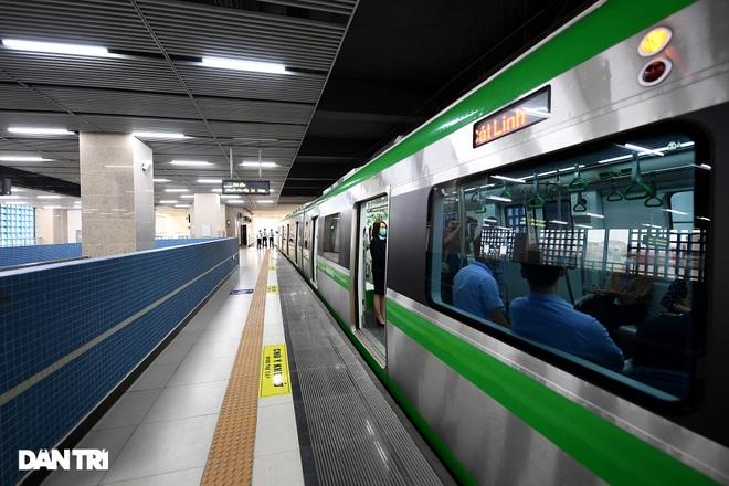 Toàn cảnh đường sắt Cát Linh - Hà Đông trong ngày chuyển giao đầu tiên - 15