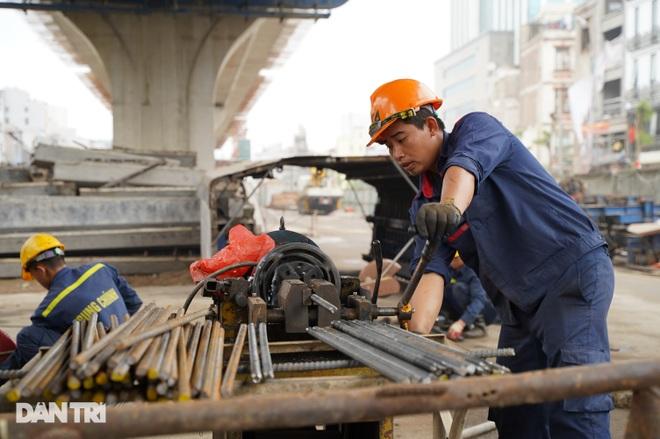 Cận cảnh đại công trường xây dựng đường vành đai 2 gần 10.000 tỷ đồng - 7