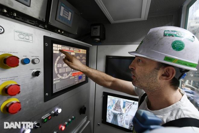 Quái vật 850 tấn đào hầm đường sắt Nhổn - ga Hà Nội lần đầu chạy thử - 10