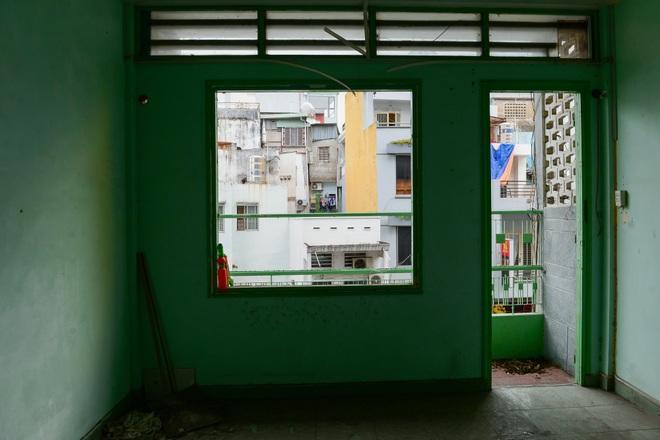 Lạ kỳ chung cư giữa trung tâm Sài Gòn chỉ có 5 gia đình sinh sống - 4