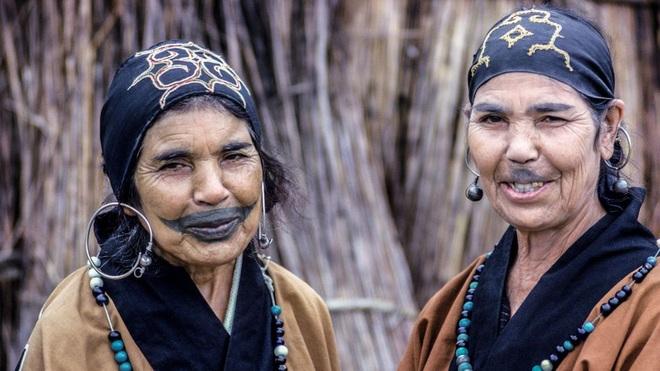 Ainu - Tộc người thiểu số bí ẩn của xứ Phù Tang - 1