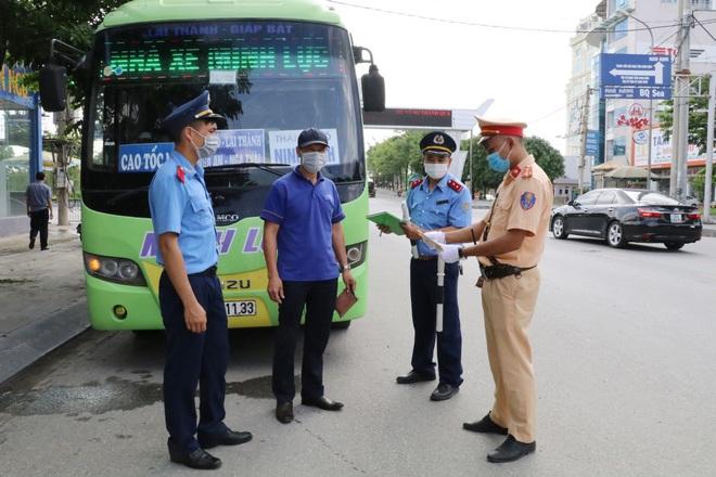 Ninh Bình siết chặt người về từ Hà Nội và các tỉnh phía Nam - 2