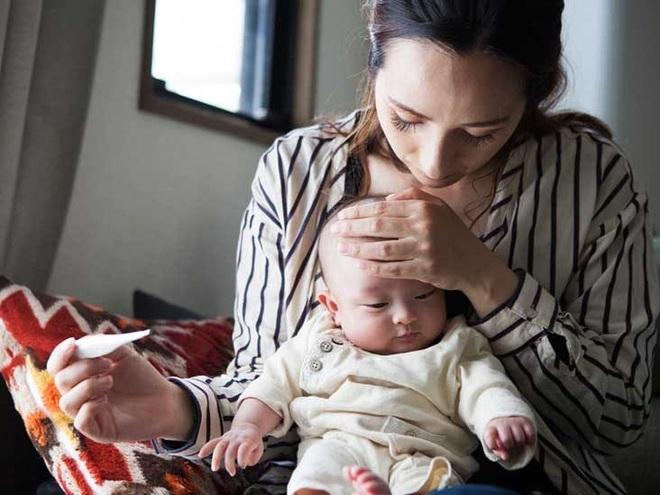 Bật điều hòa bao nhiêu độ nếu nhà có trẻ nhỏ, trẻ sơ sinh? - 1