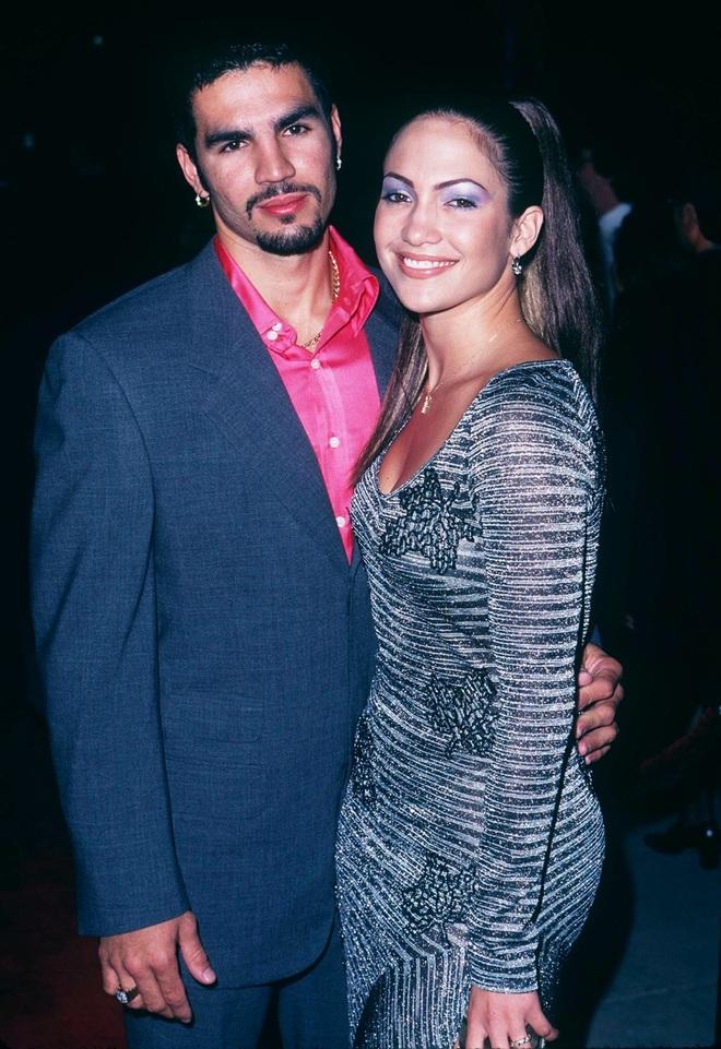 Jennifer Lopez: Mạnh miệng chê trai trẻ, nhưng bị trai trẻ chinh phục - 3