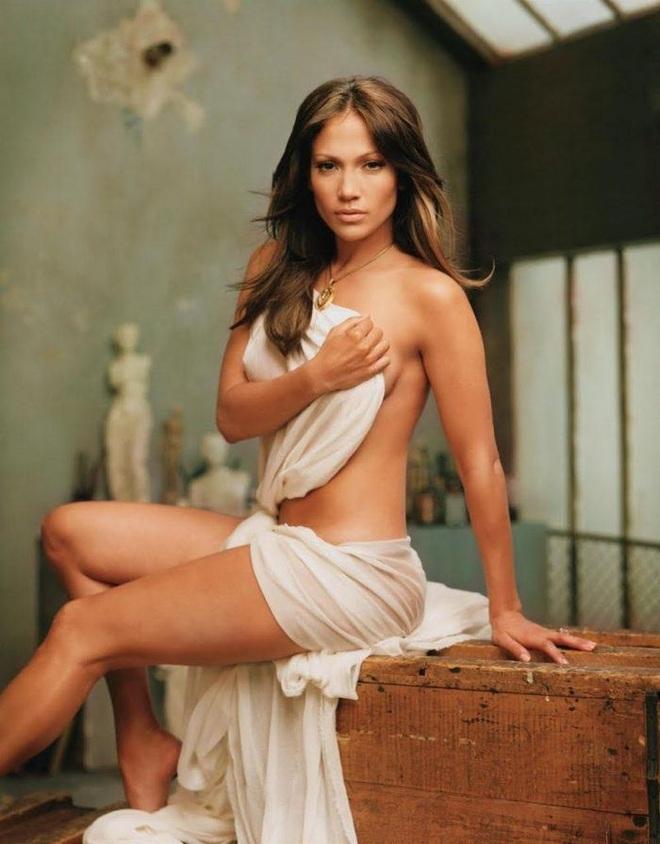 Jennifer Lopez: Mạnh miệng chê trai trẻ, nhưng bị trai trẻ chinh phục - 2