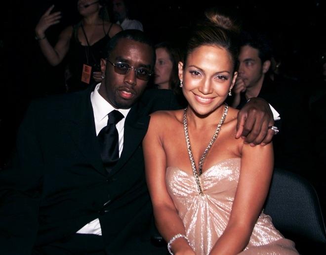 Jennifer Lopez: Mạnh miệng chê trai trẻ, nhưng bị trai trẻ chinh phục - 4