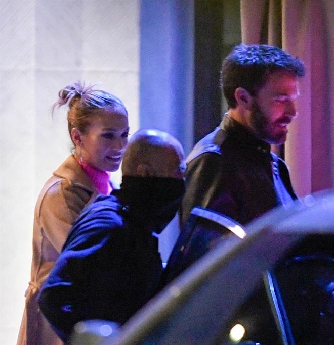 Jennifer Lopez: Mạnh miệng chê trai trẻ, nhưng bị trai trẻ chinh phục - 7