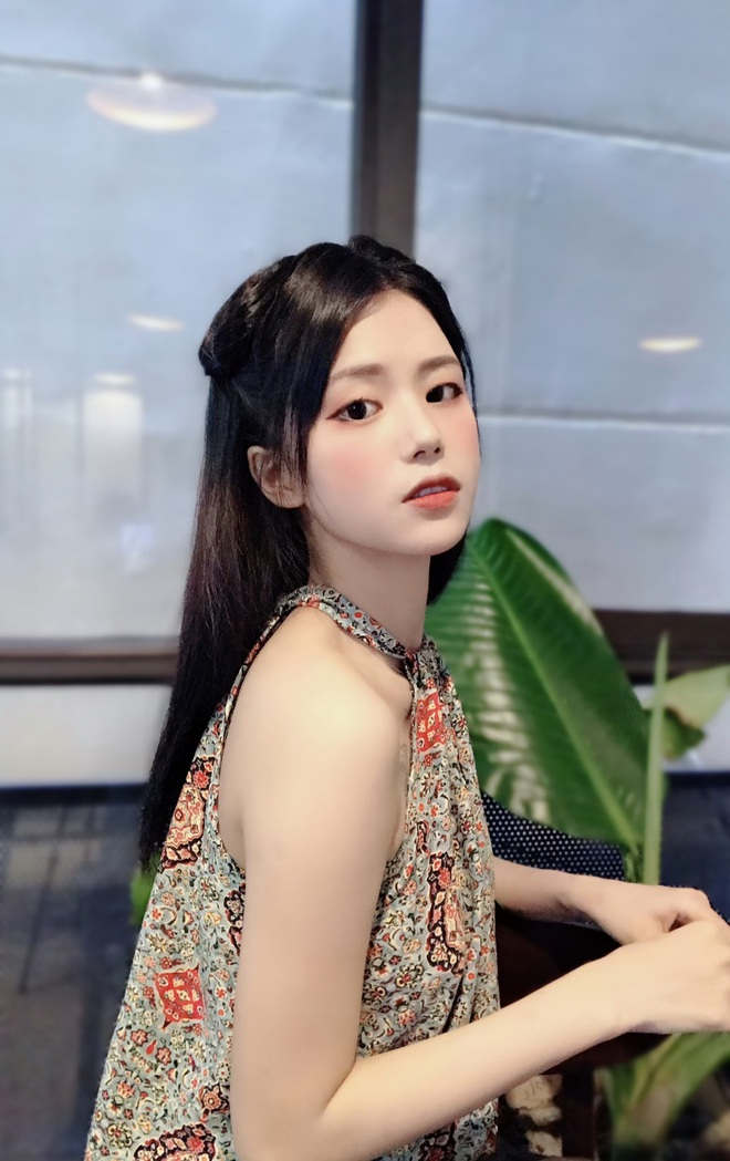 Nét thơ ngây vừa nhìn đã yêu của hot girl Đà Nẵng xinh đẹp - 4