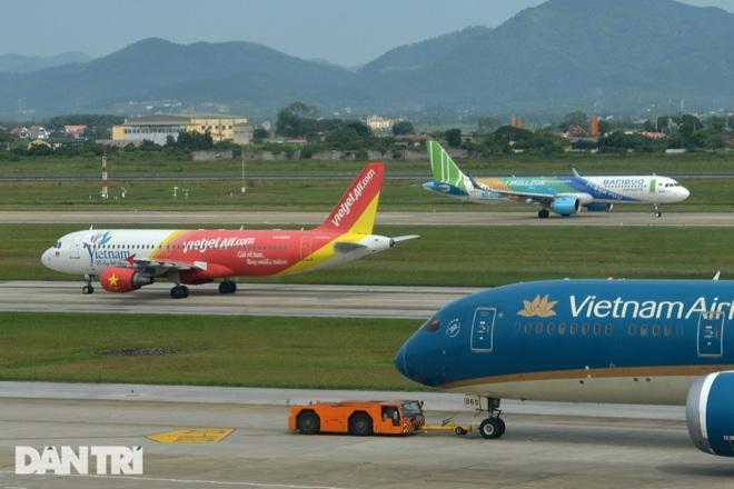 Gánh số nợ quá lớn, doanh nghiệp hàng không trên bờ vực phá sản - 1