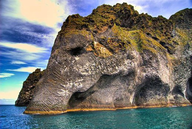 Chiêm ngưỡng núi đá kỳ lạ hình voi khổng lồ - 1