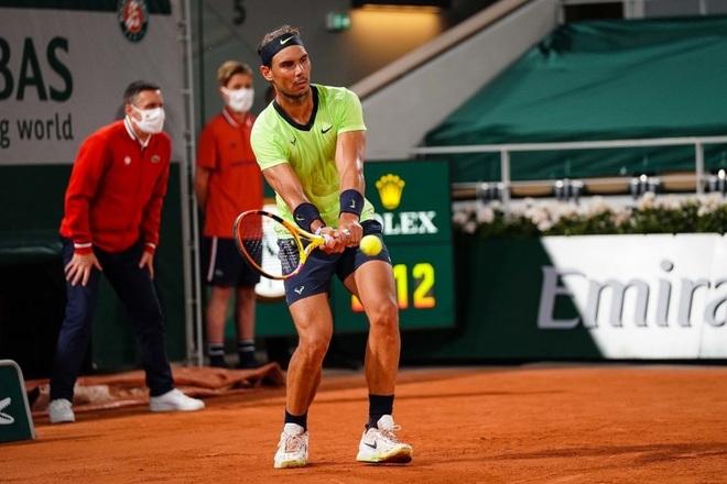 Nadal thắng ngọt ngào trong ngày sinh nhật, Federer và Djokovic đi tiếp - 1