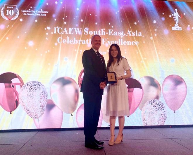 Bốn học viên Việt Nam được vinh danh trong Lễ trao giải toàn cầu của ICAEW - 1
