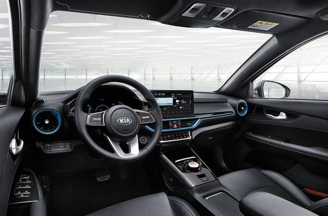 Kia ra mắt Cerato phiên bản chạy điện - 15