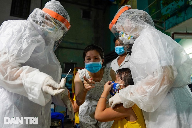 Hà Nội: Chùm ca bệnh mới tại Đông Anh có ca dương tính SARS-Cov-2 thứ 7 - 1