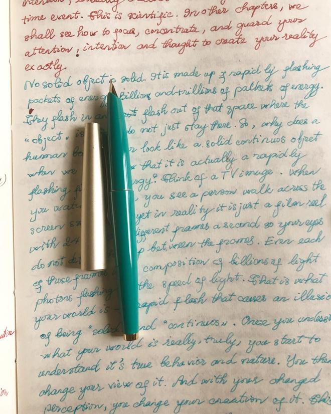 Hoa hậu Thu Thủy và sở thích viết tay trong những ngày tháng cuối cùng - 2