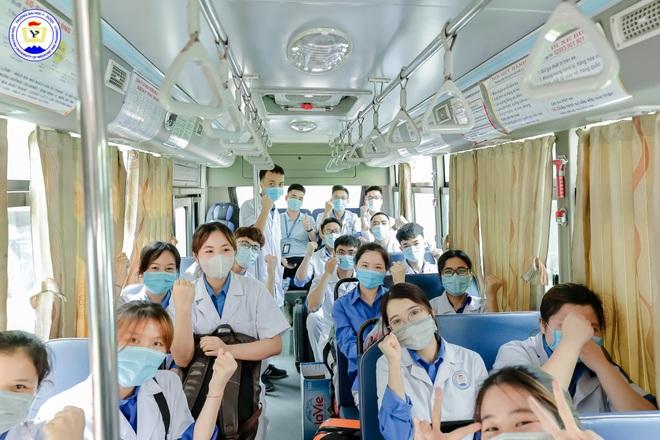 Đại học Thái Nguyên tặng 1.000 test xét nghiệm SARS-CoV-2 - 2