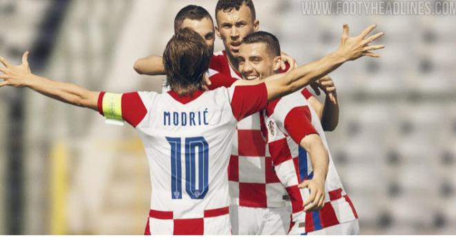 Chấm điểm những bộ áo đấu đẹp và xấu nhất Euro 2020 - 3